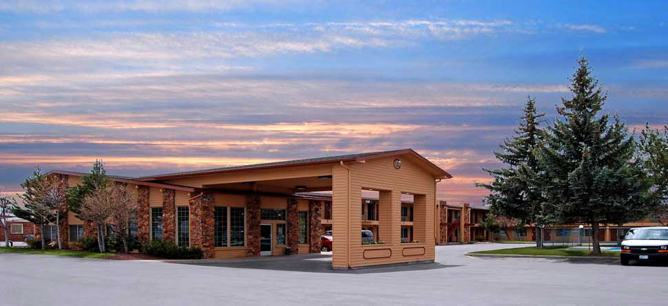 Budget Affordable Cheap Lodging Hotels Motels Cimarron Inn and Suites Crater Lake